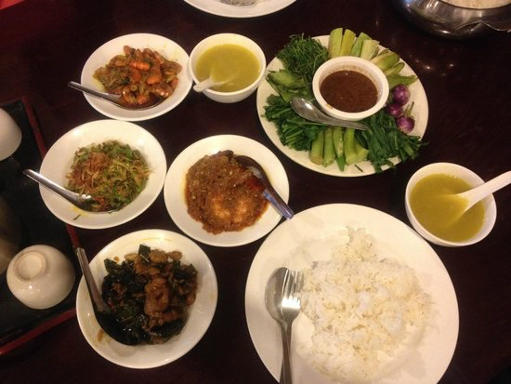 Naung Yoe Myanmar Food & Cafe   yathar