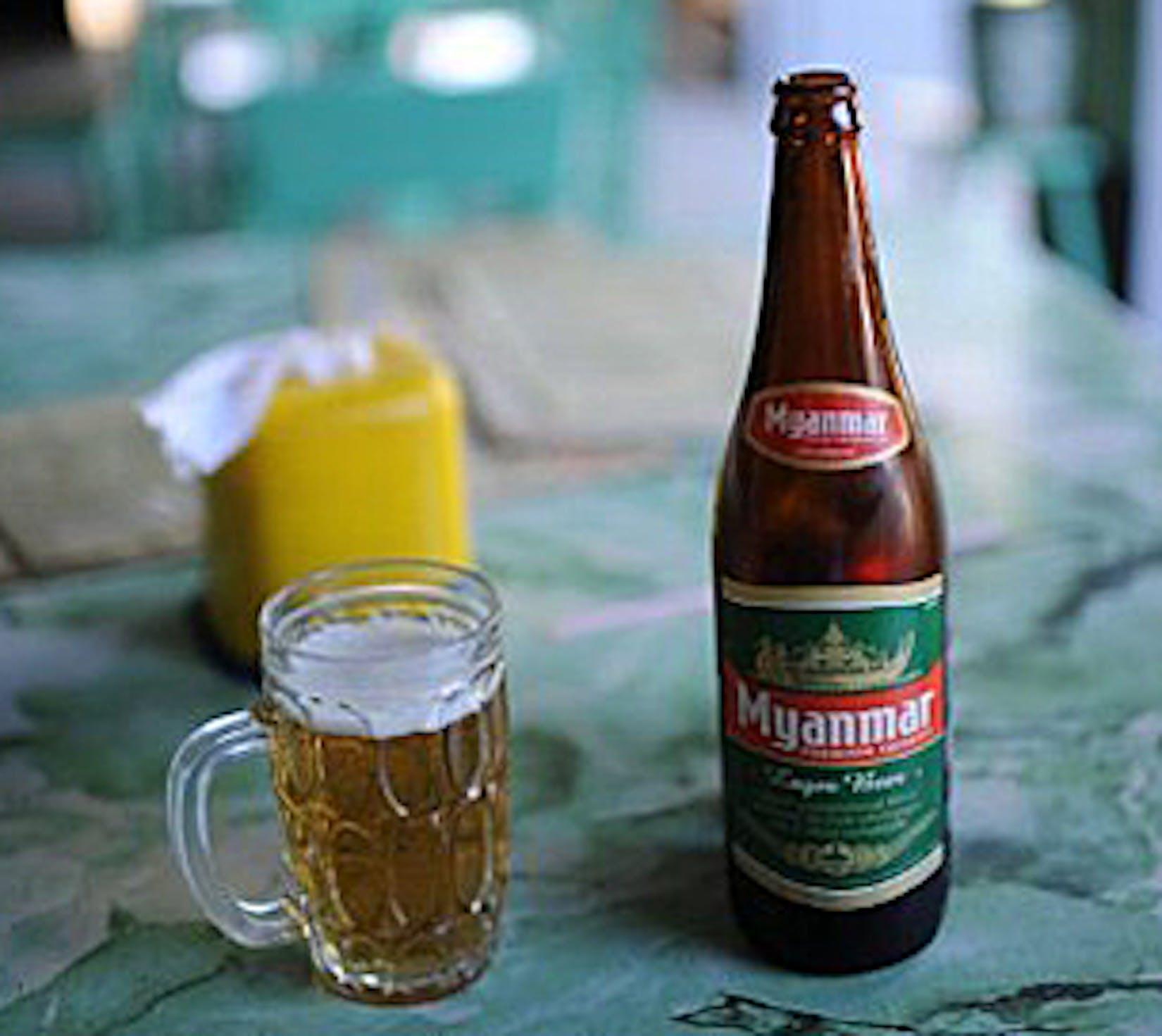 Shwe Tan Sin Restaurant | yathar