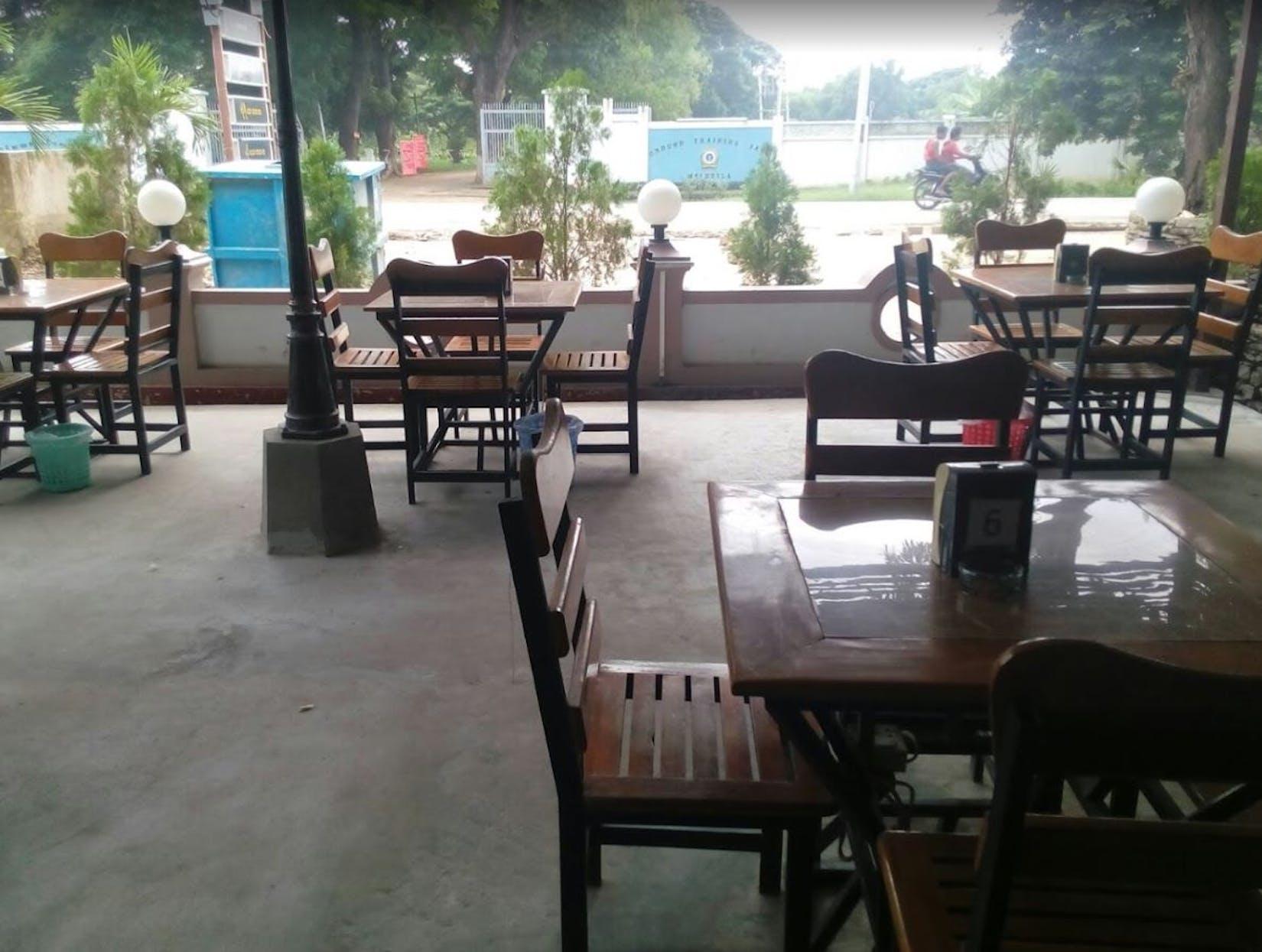 Champion Coffee Shop | yathar