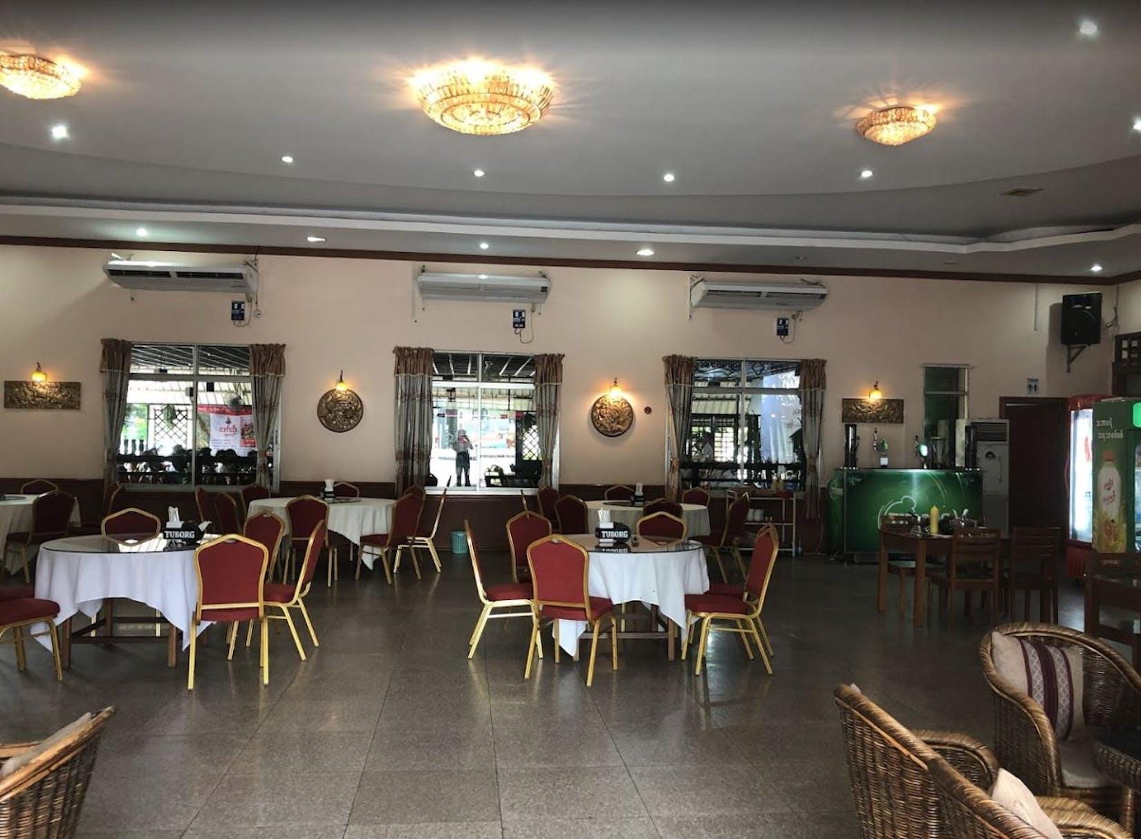 Taw Win Nan Restaurant | yathar