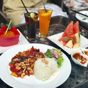The Class Restaurant & Bar | yathar
