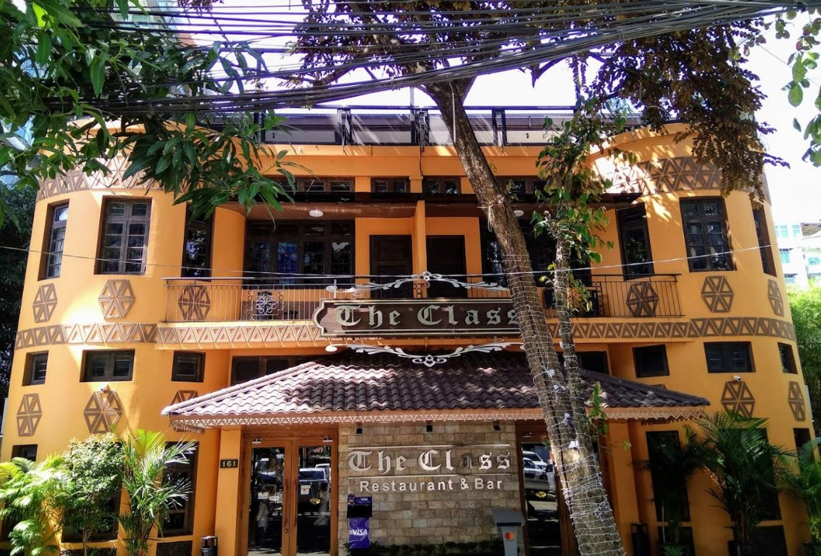 The Class Restaurant & Bar | yathar