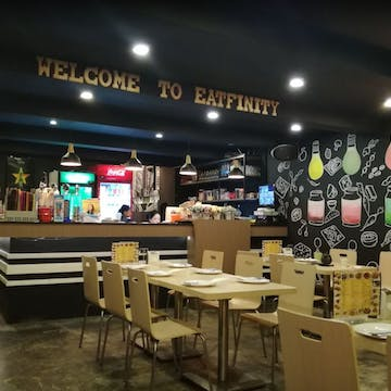 Eatfinity Restaurant (Latha) photo by Kyaw Win Shein  | yathar