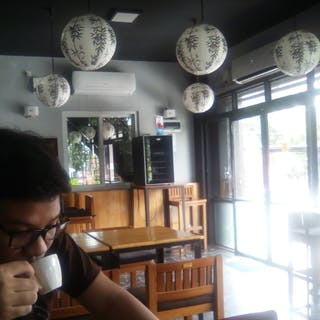 Cafe'  20 | yathar