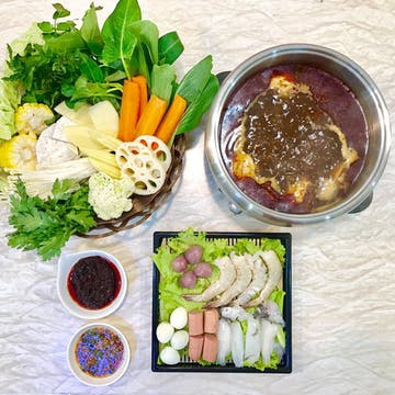 Shuu Shuu Shae Shae Hot Pot photo by Hma Epoch  | yathar