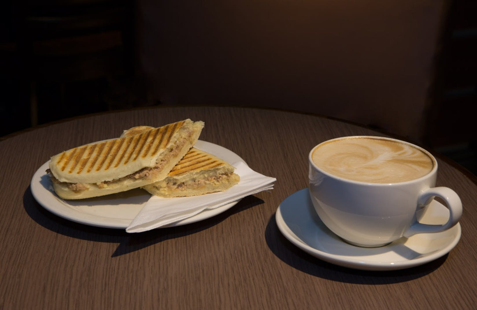 38 Cafe   yathar