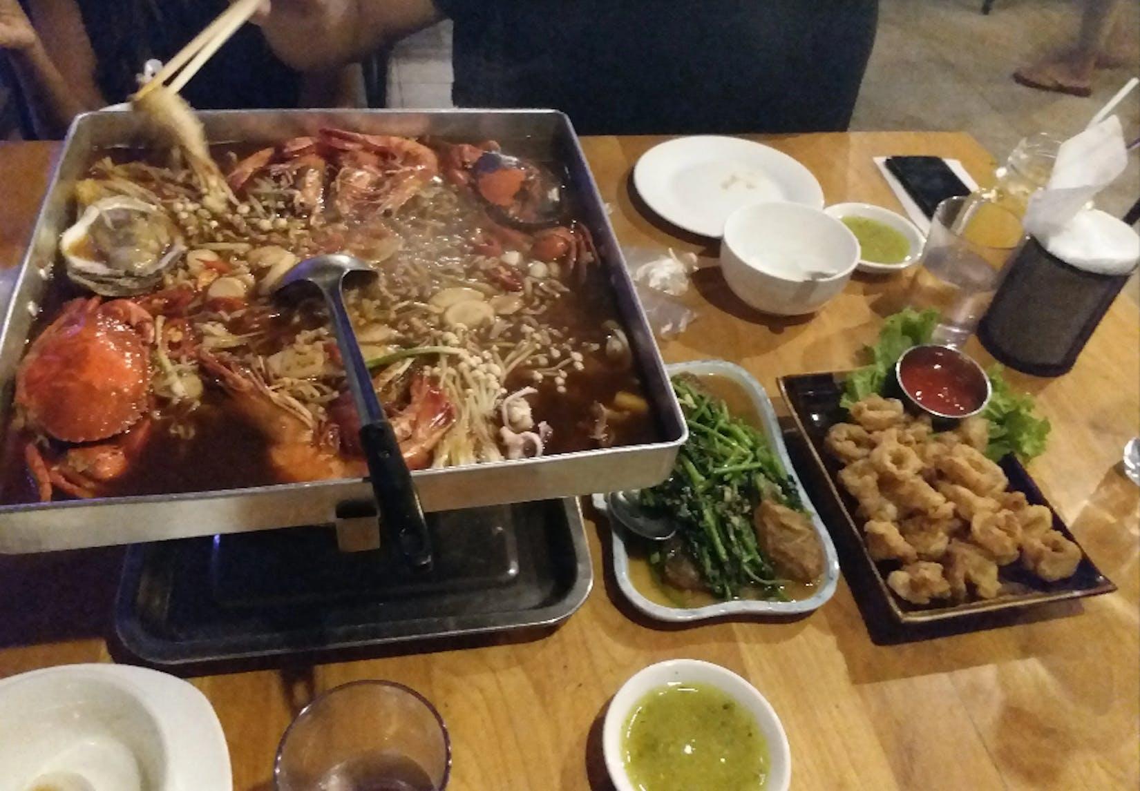 Shwe Mate Hot Pot & Restaurant | yathar
