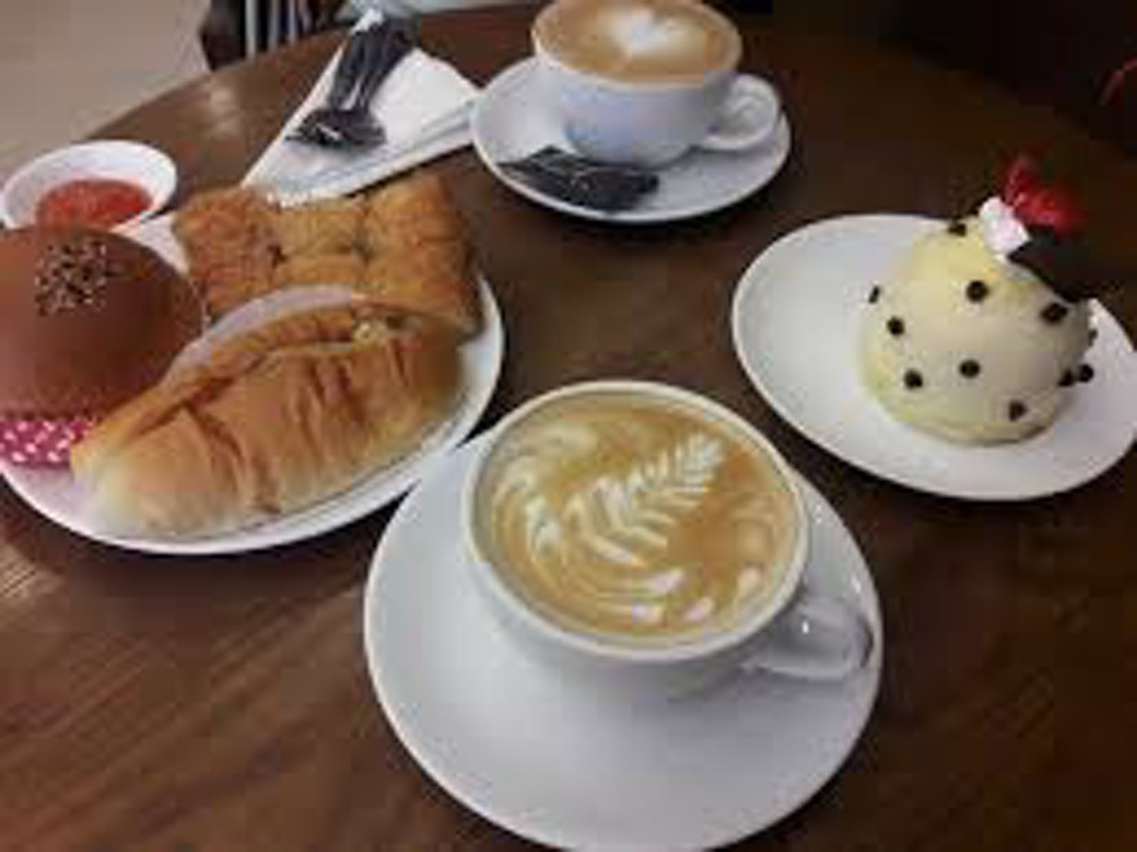 Parisian Cake & Coffee | yathar