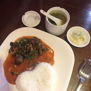 Thone Pan Hla Cafe & Restaurant | yathar