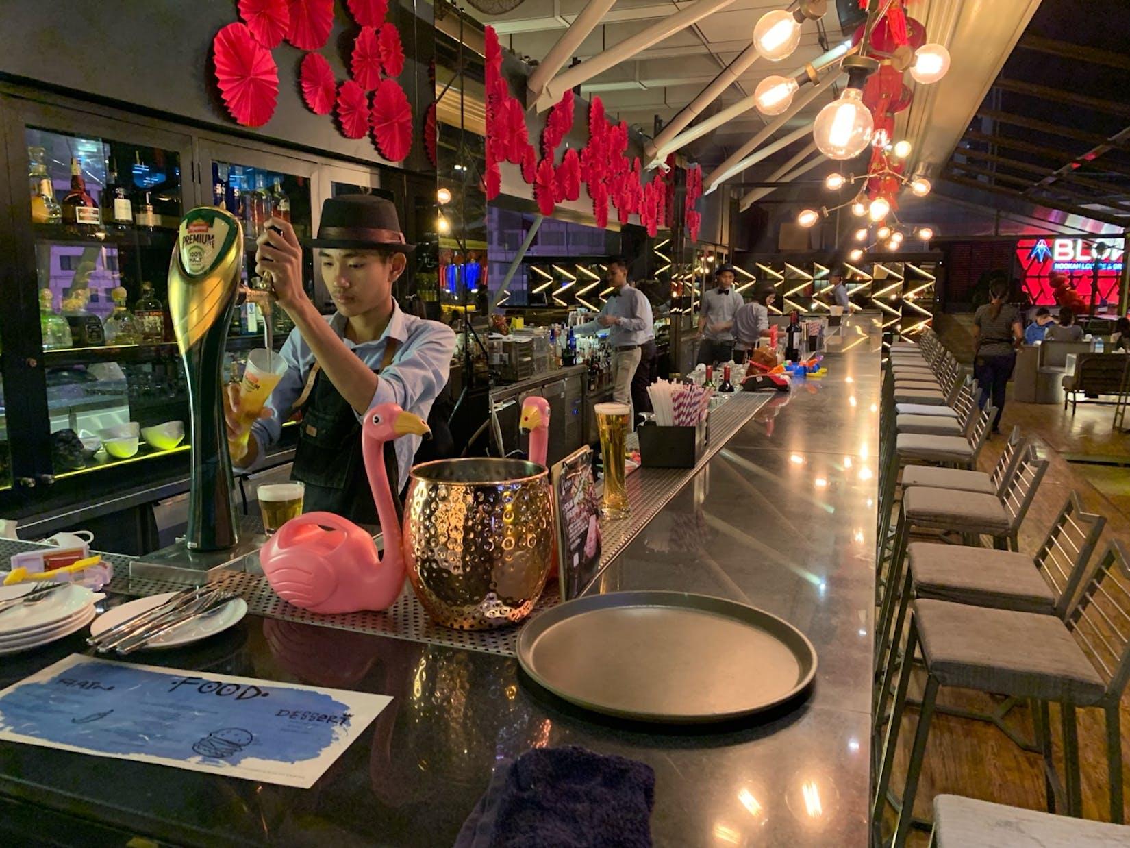 after 8 - shot & cocktail bar   yathar
