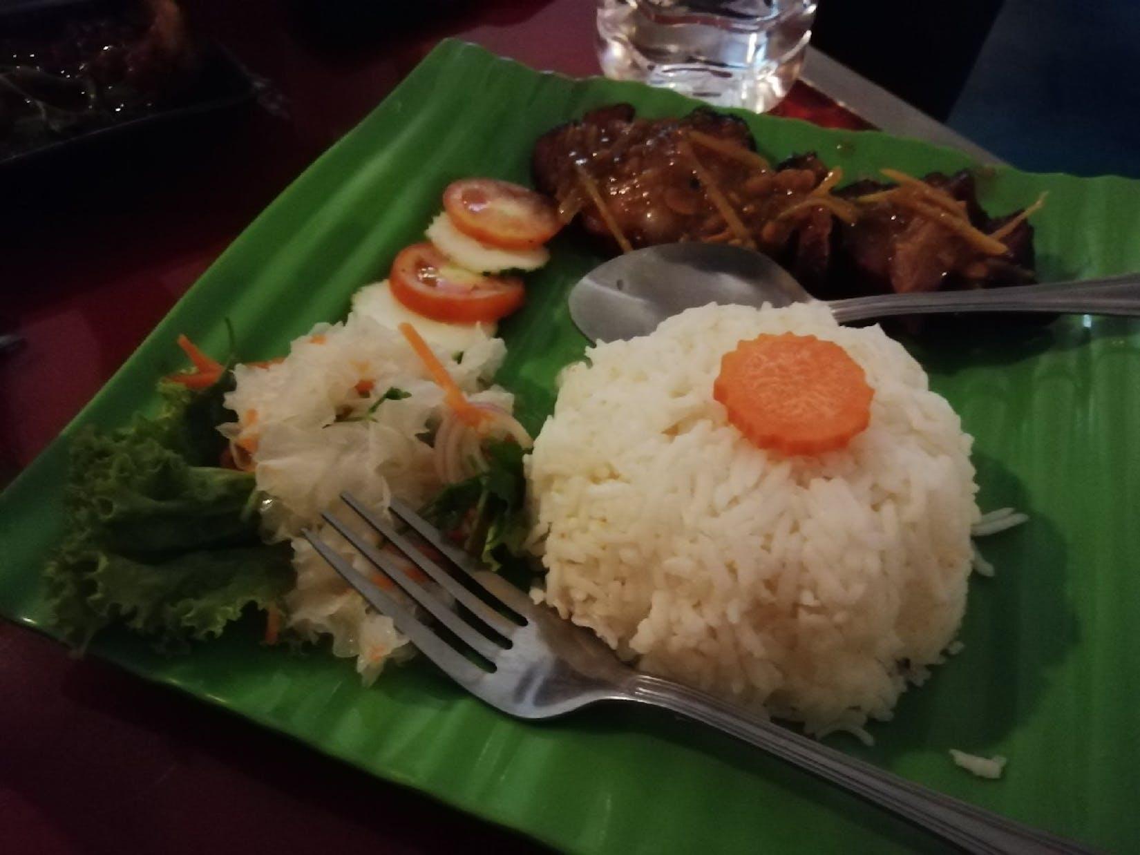 12 Hours Restaurant | yathar