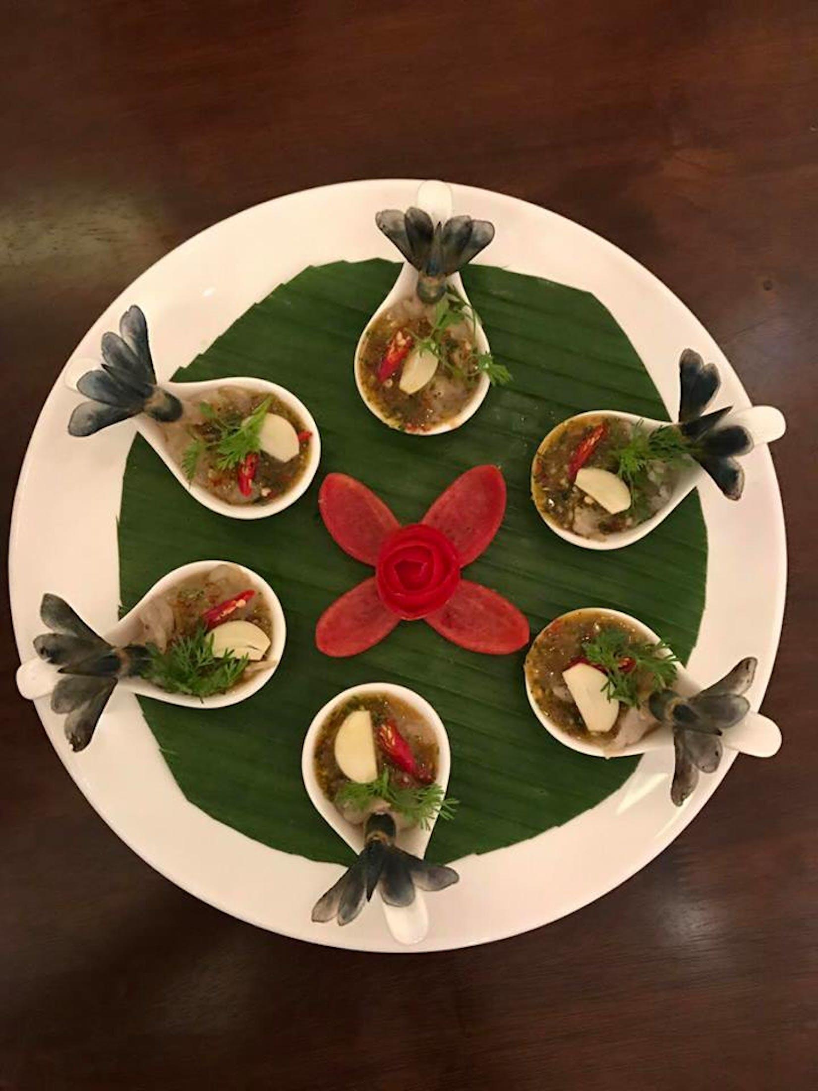 Loaf & Rice - Bar & Restaurant | yathar
