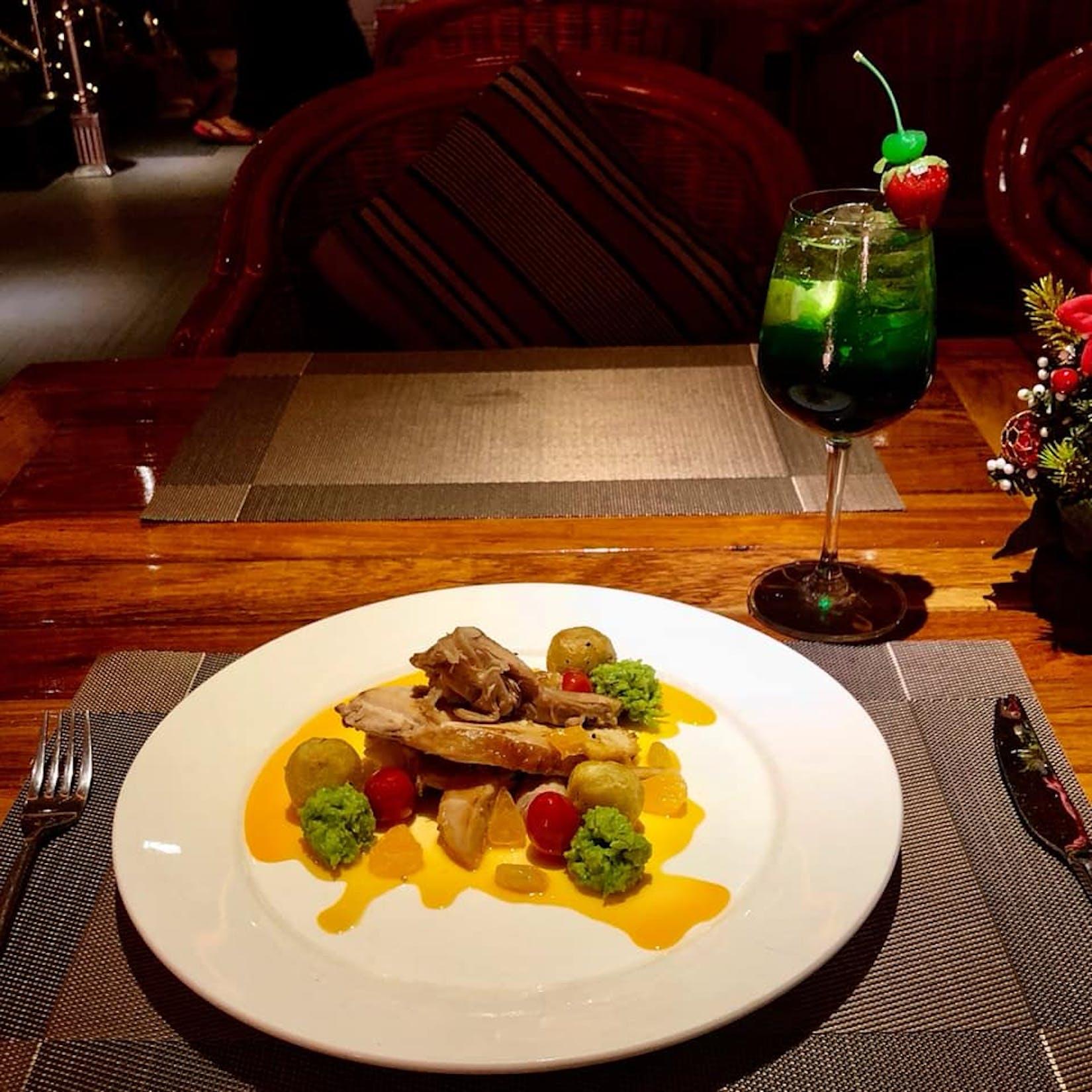 Station 36 Cafe & Restaurant | yathar