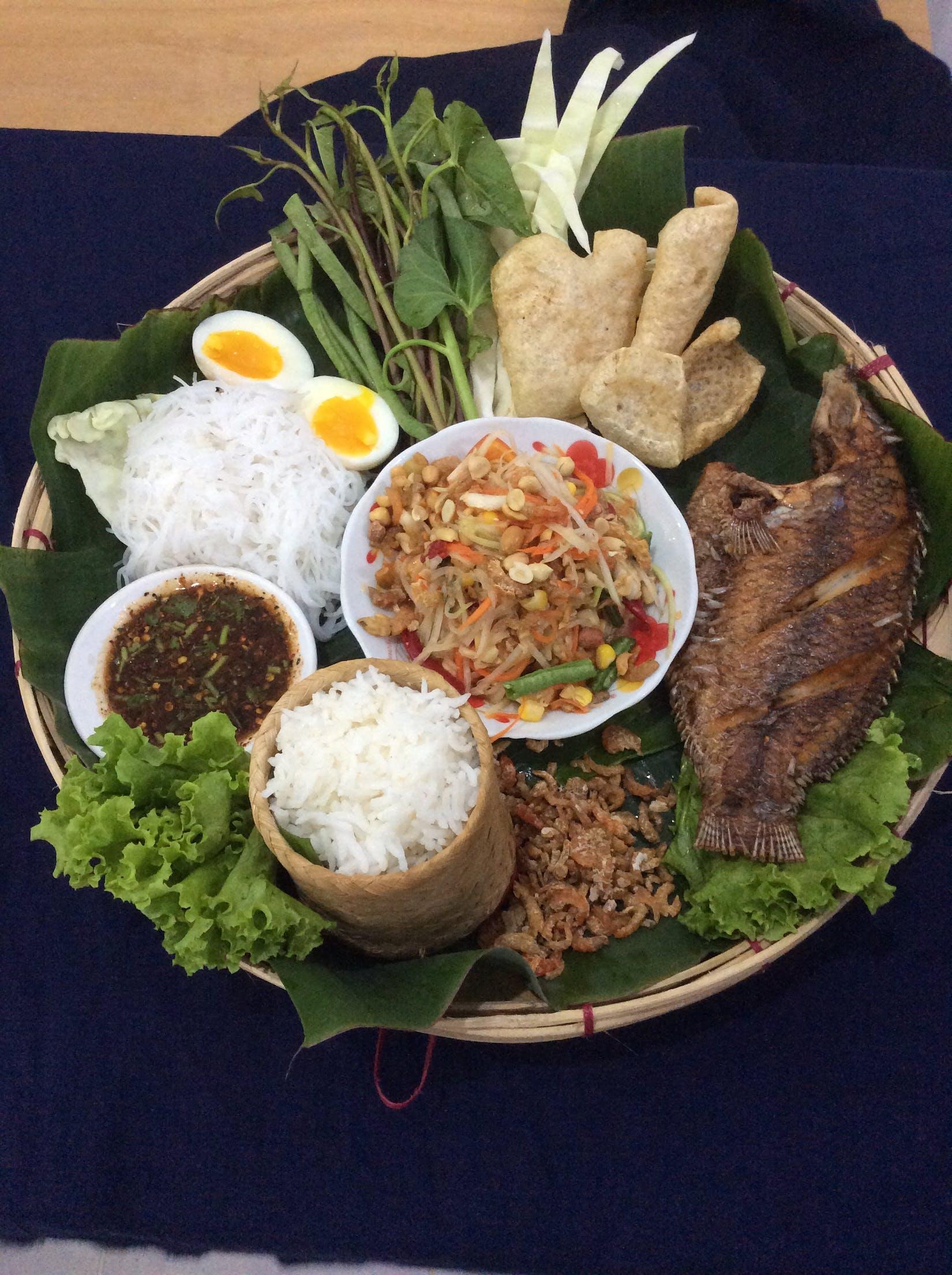 Tam Thai(Thai Food & Som Tum)(ထိုင်းအစားအစာ+သင်္ဘောသီးထောင်း) | yathar