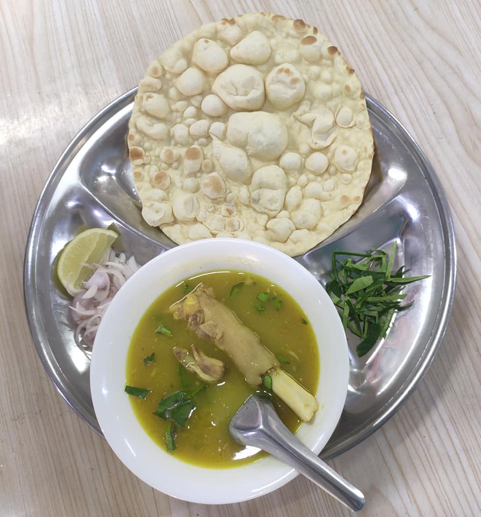 Aung Kaung San Tea House(ေအာင္ေကာင္းစံ အဆင့္ျမင့္ လက္ဖက္ရည္ဆိုင္) | yathar