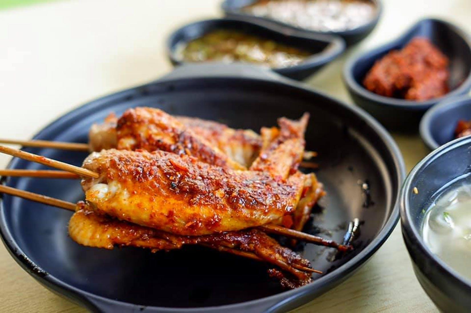 ေရႊေယာင္းမ သံျပား BBQ 铁板烤串 | yathar