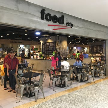 food city Myanmar Plaza photo by 市川 俊介  | yathar