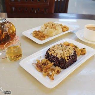 Shwe Pyi Moe Cafe | yathar