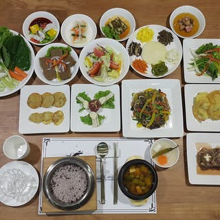 Gyeong Bok Gung Korean Restaurant Yangon | yathar