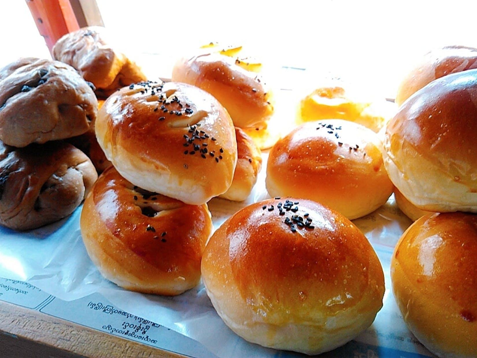 TSUKUMO Bakery   yathar