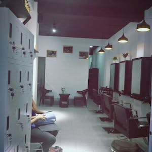 Twinkle Hair Saloon | Beauty
