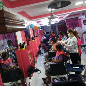 L.Nine Beauty Salon 1 photo by EI PO PO Aung  | Beauty