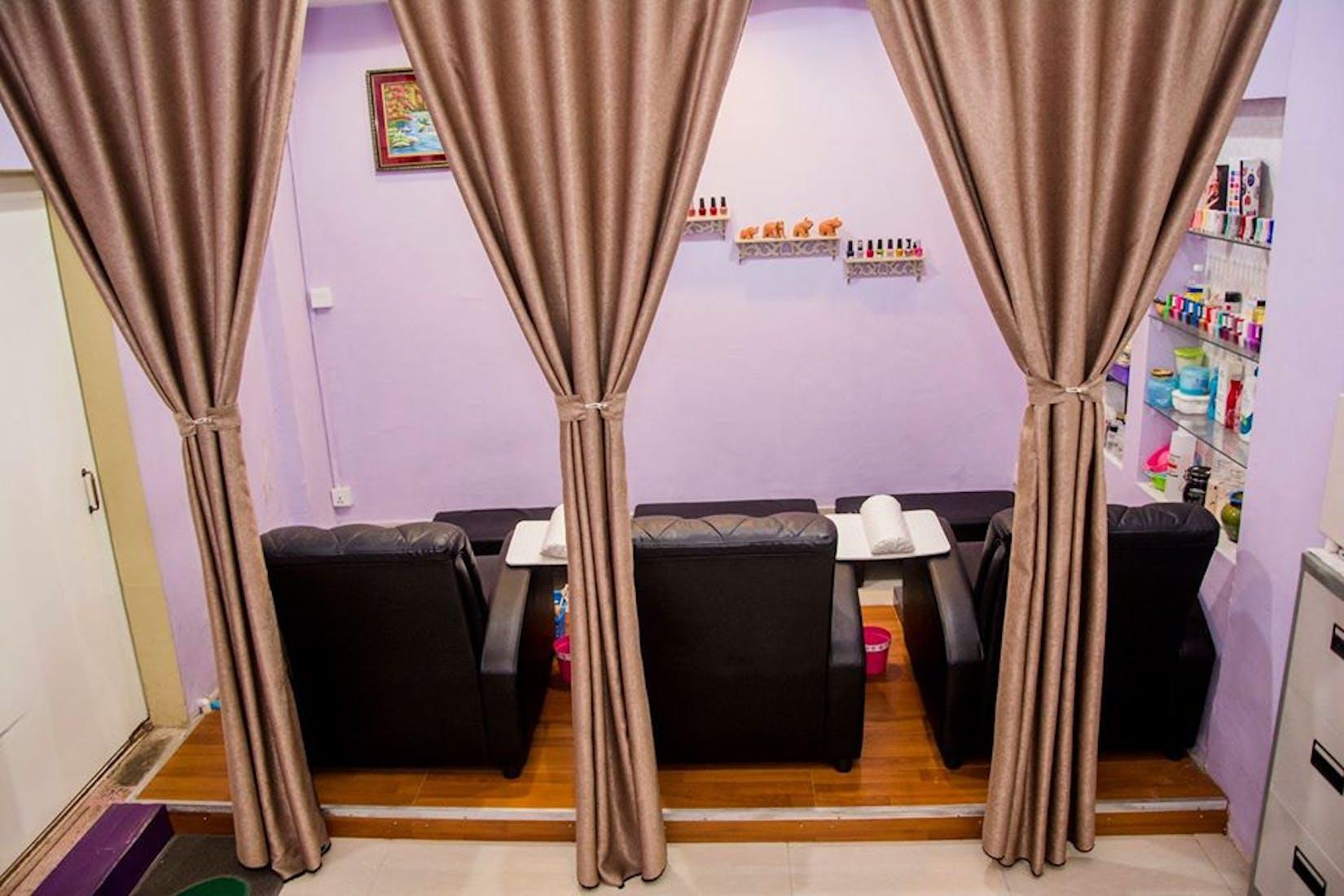 Yangon Flower / Flower Nail salon | Beauty