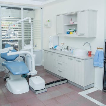 Dr.Tooth Dental Clinic photo by Win Yadana Phyo  | Medical