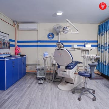 TOKYO Dental Implant Clinic photo by Win Yadana Phyo  | Medical