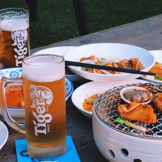 Mr. Wok Beer Garden | yathar