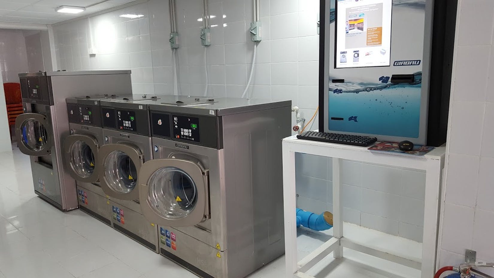 WASH'N DRY SELF SERVICE LAUNDRY | Beauty