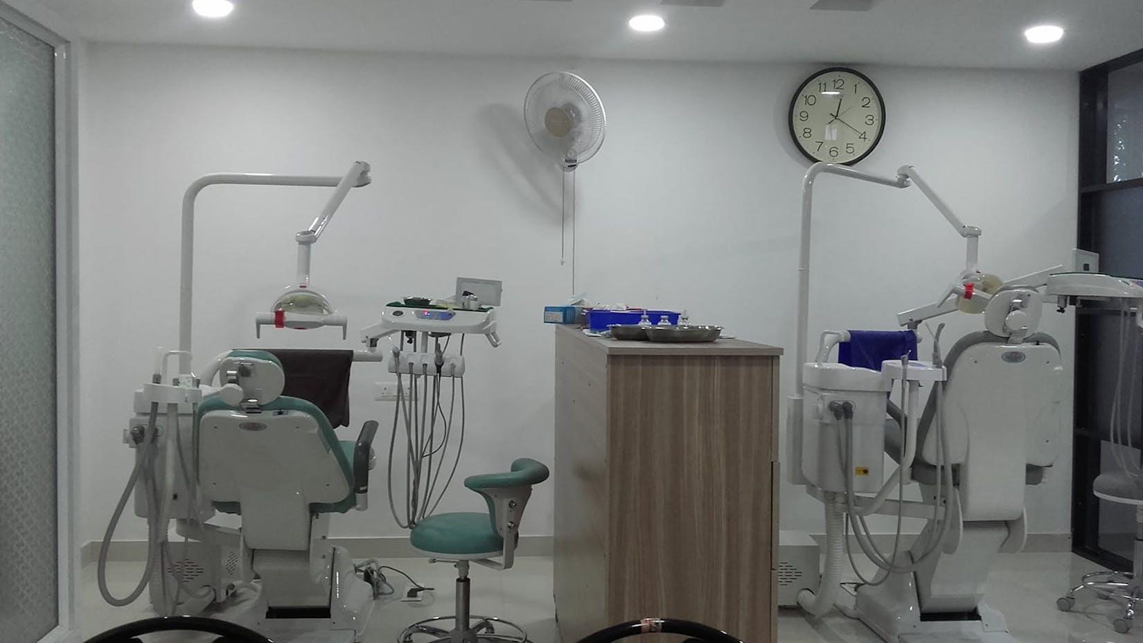 Modern Dental Clinic | Medical