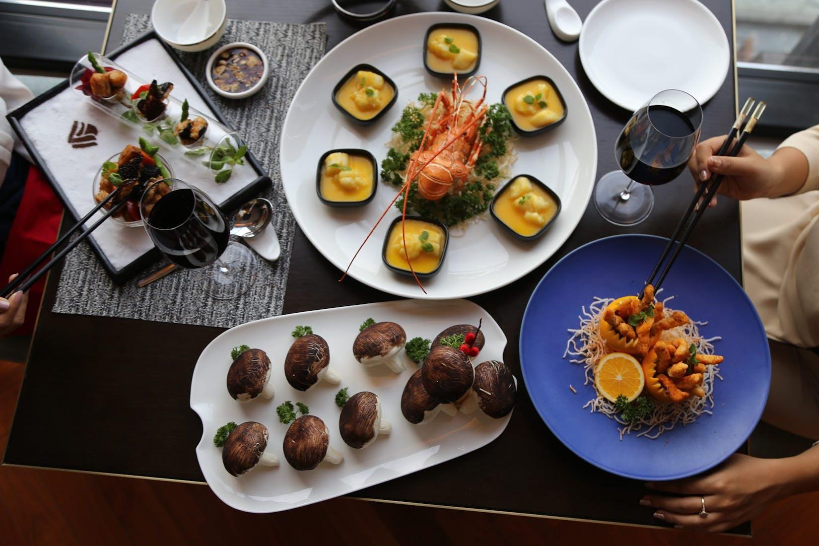 Hú Chinese Restaurant   yathar