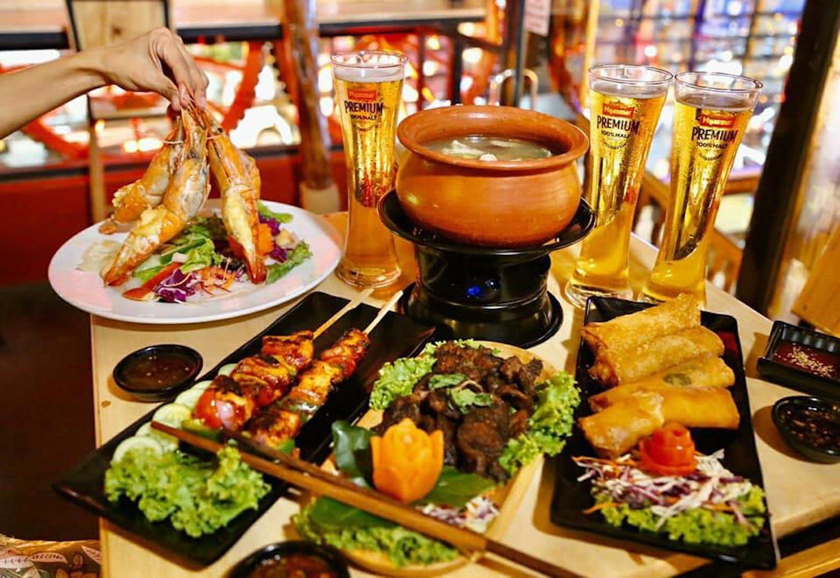 The Palm Bar & Restaurant   yathar