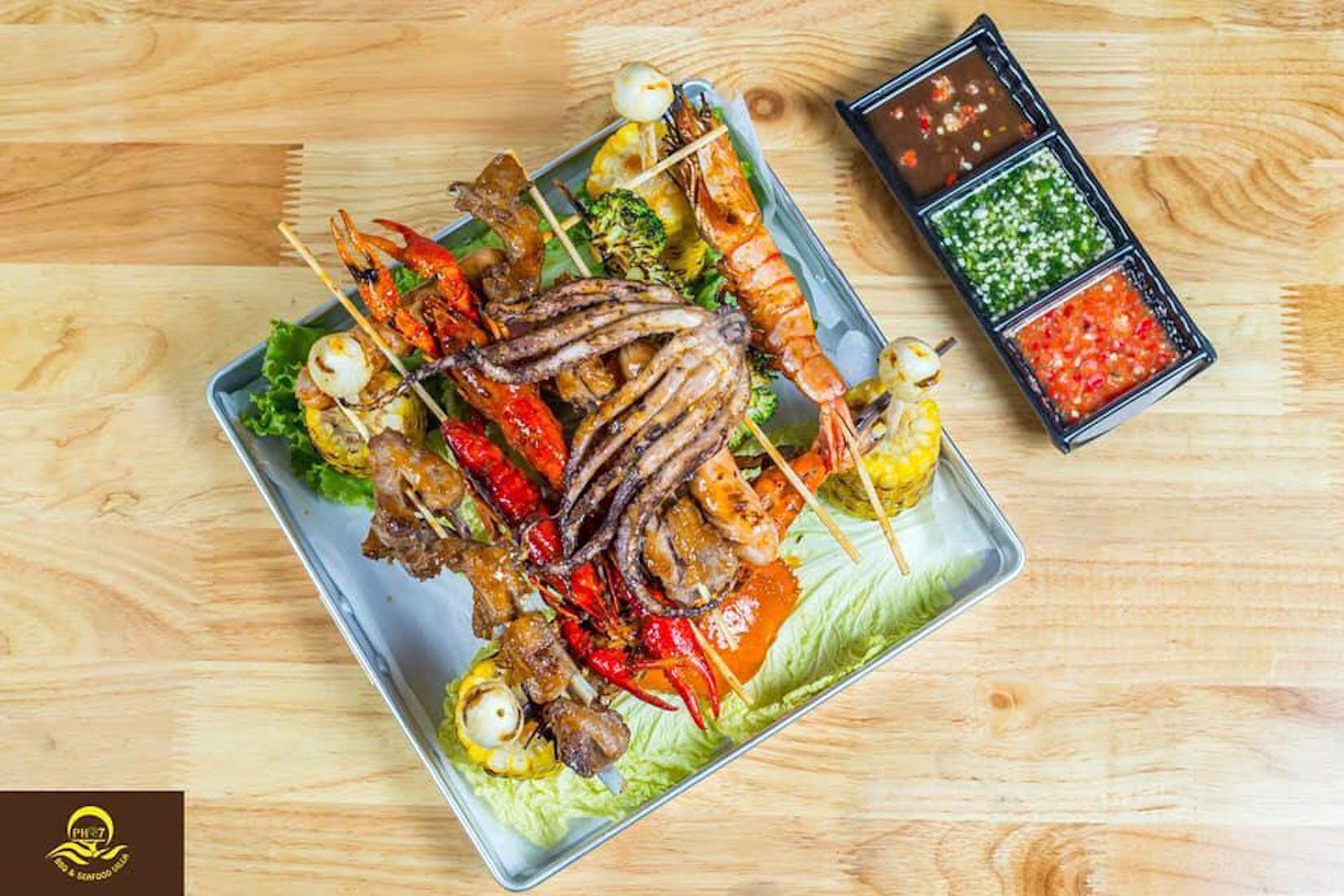 PH 7 BBQ & Seafood Villa   yathar
