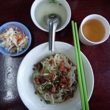 Yin Haw Noodle Restaurant photo by Kyaw Win Shein  | yathar