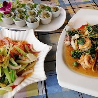 Krua Rim Nam | yathar