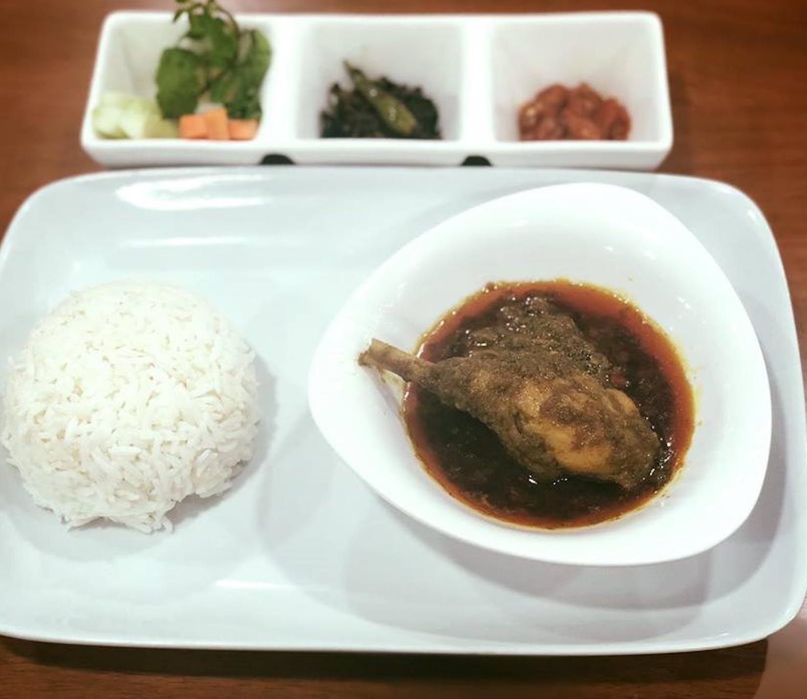 Tun Tauk Kyel | yathar