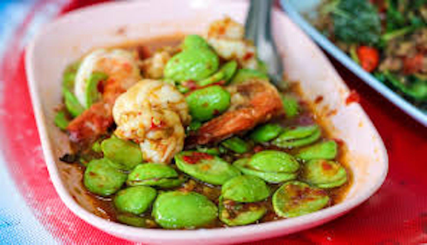 Shwe White Thai Food & Drink | yathar