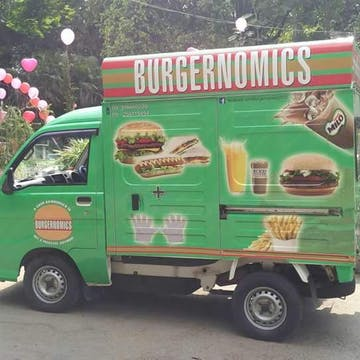 BURGERNOMICS photo by Hma Epoch  | yathar