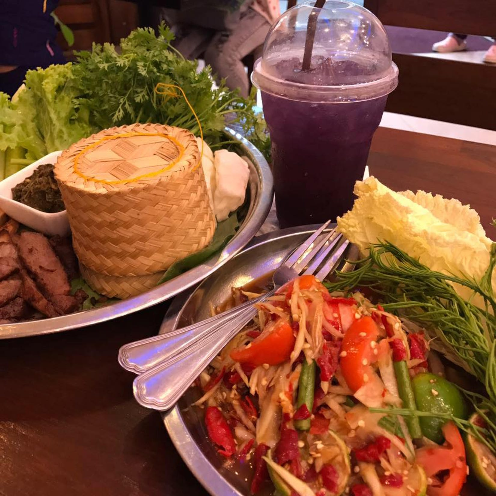 One Zaab Restaurant | yathar