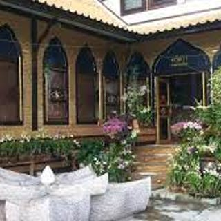 Arisara Thai Massage   Beauty