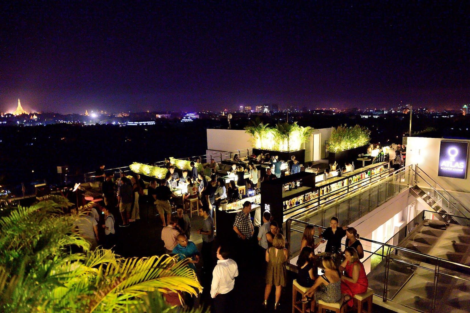 ATLAS Rooftop Bar & Lounge | yathar