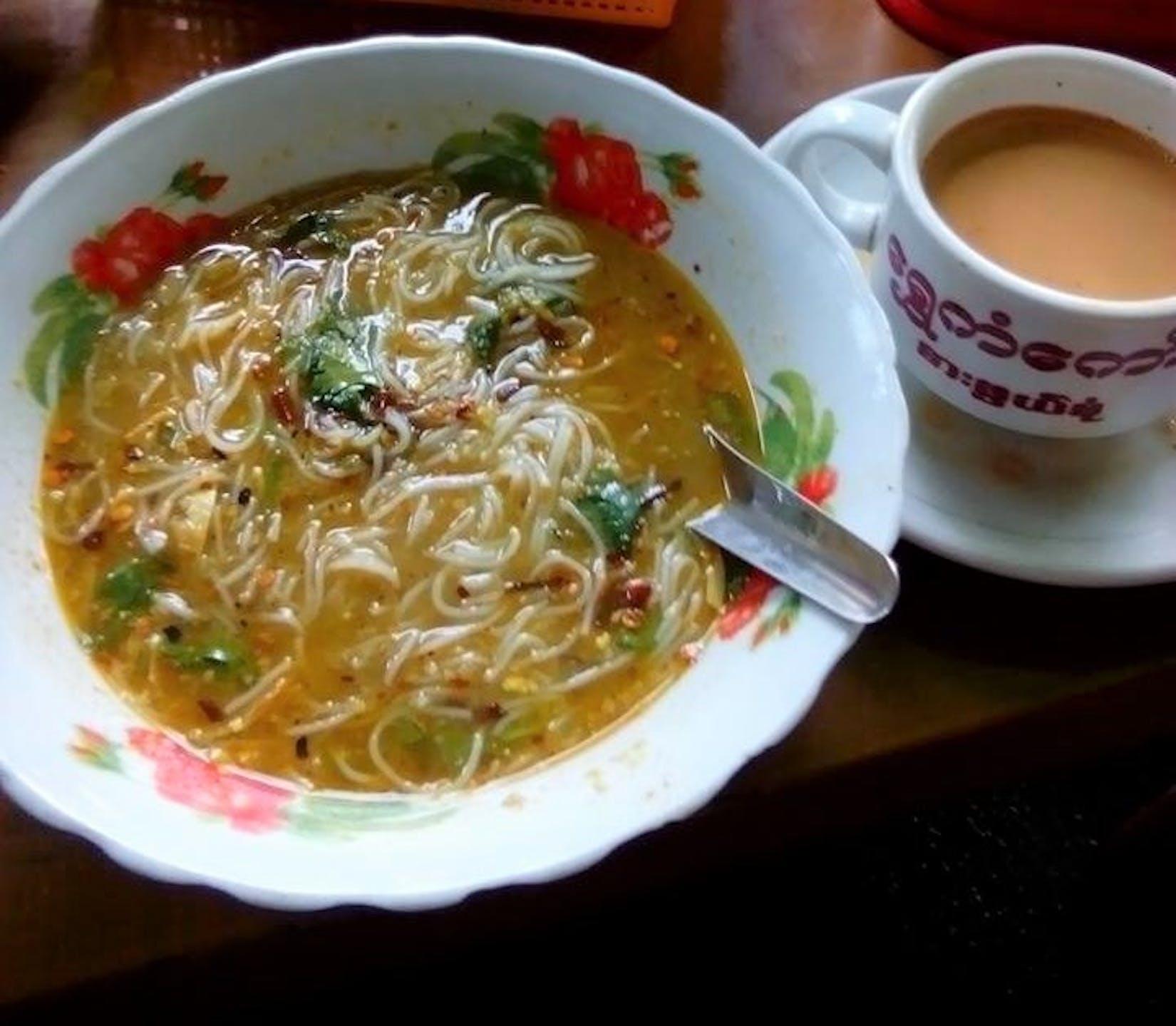 Shwe Kant Kaw Tea Shop | yathar